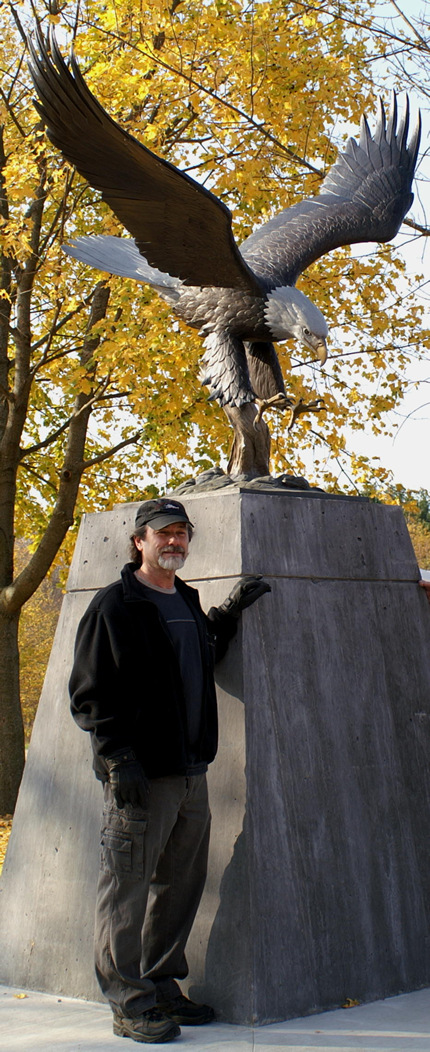 Eagle Monument - click image for larger size